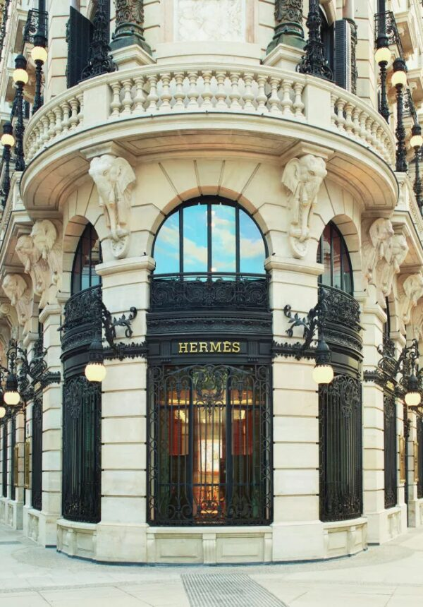 Store Barcelone Hermes Fashion network
