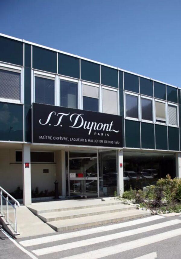 Adresse S.T Dupont