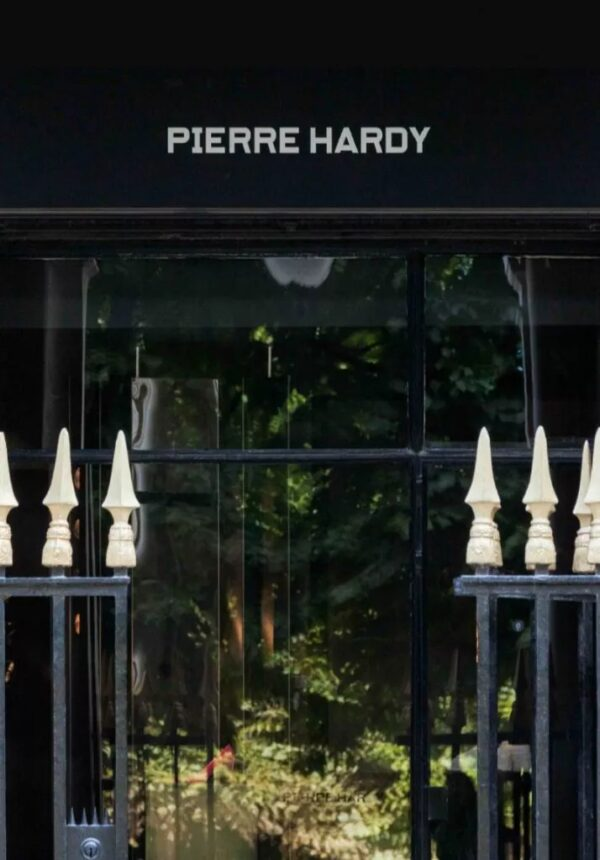 Pierre Hardy adresse