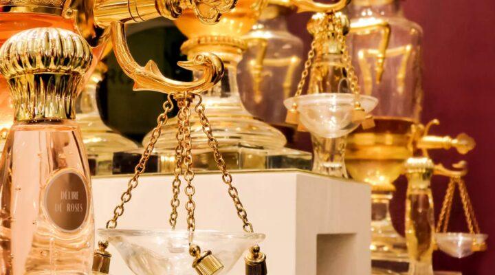 Bouteille de Parfums Caron