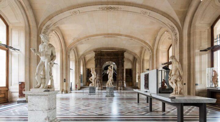 Statut du musée du Louvre