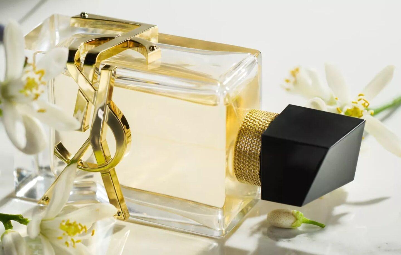 Bouteille de parfums YSL